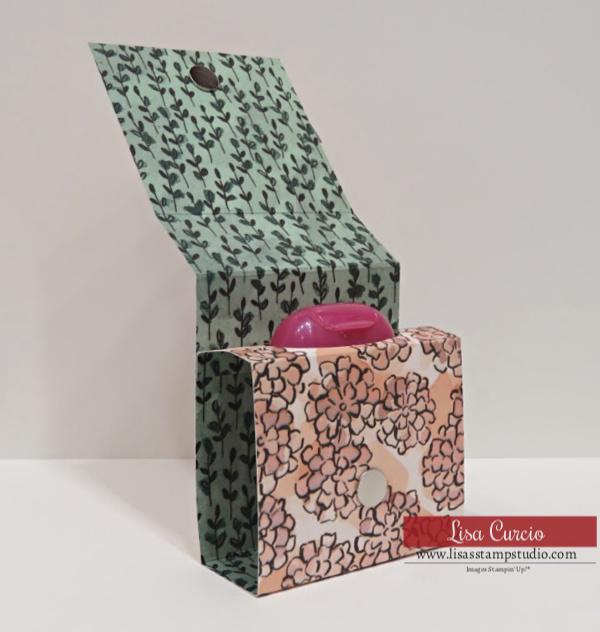 Handmade-Gift-Idea-Scrapbook-Paper-Craft